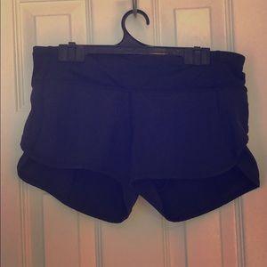 Lululemon short fully lined  run shorts